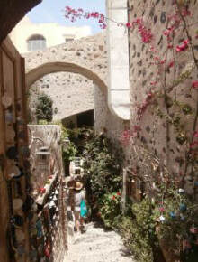 Alleyway_Fira_Santorini