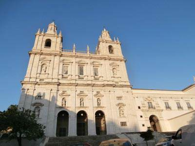 Sao Vicente de Fora outside the walls
